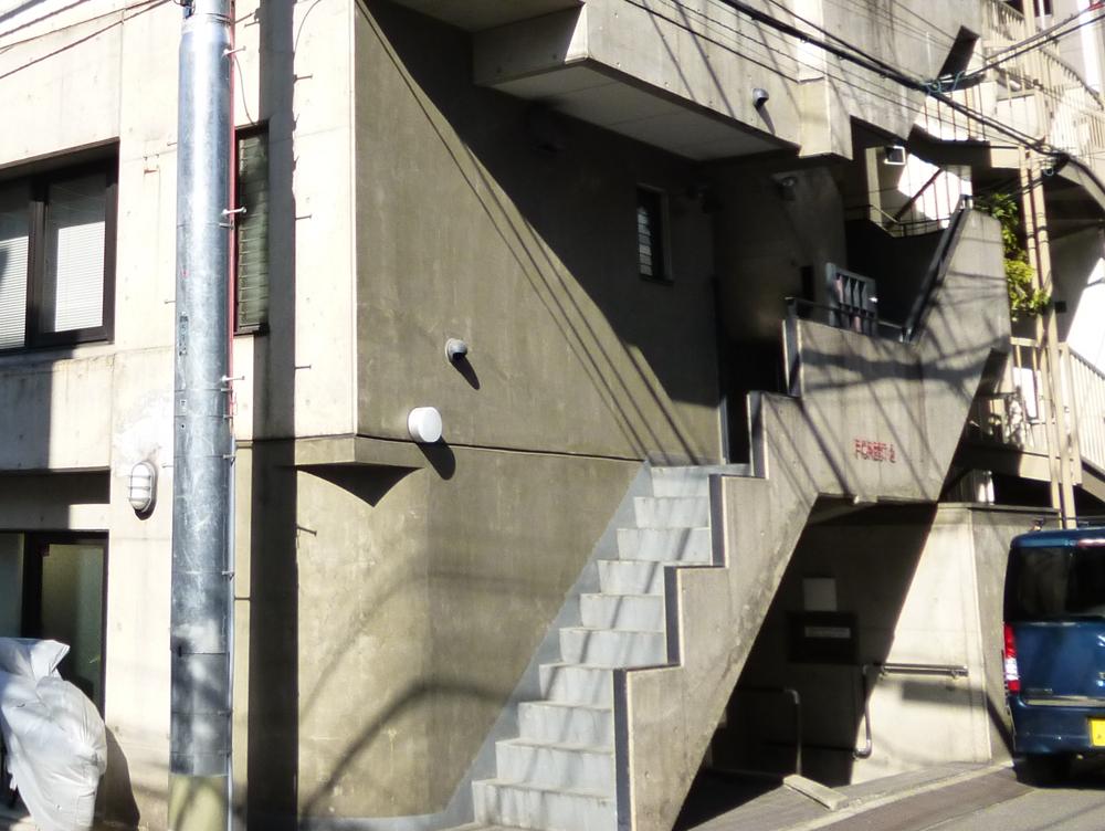 新宿区 協伸建設様事務所ビル 美装工事のサムネイル画像4
