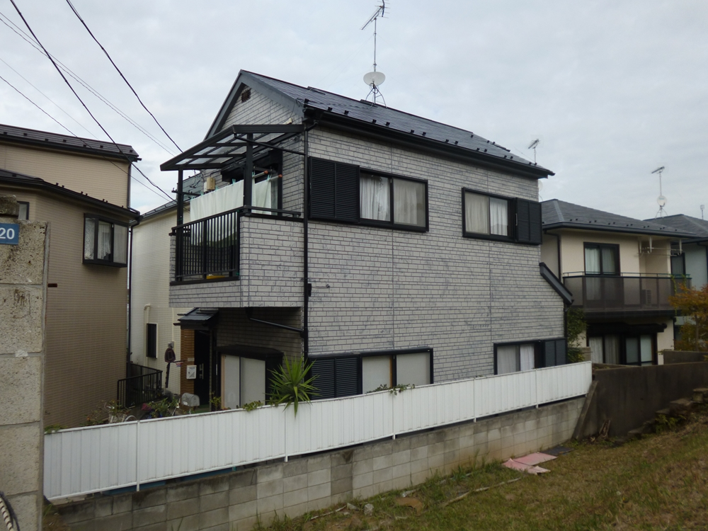 大田区E様邸 屋根外壁リフォーム工事のサムネイル画像1