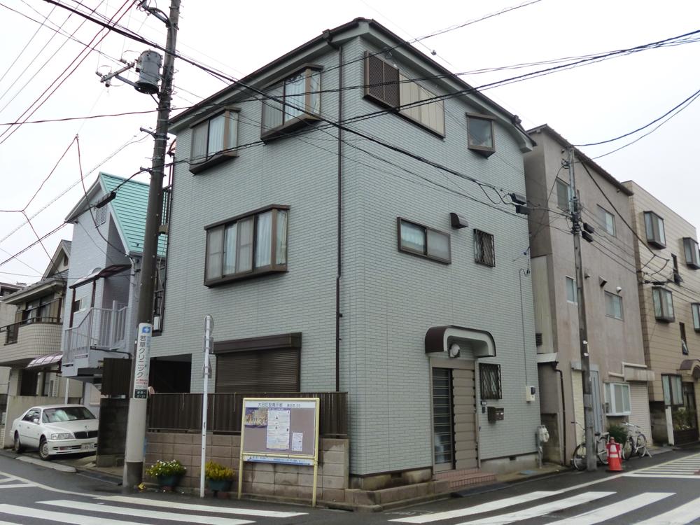 大田区O様邸 屋根外壁塗装リフォーム工事のサムネイル画像1